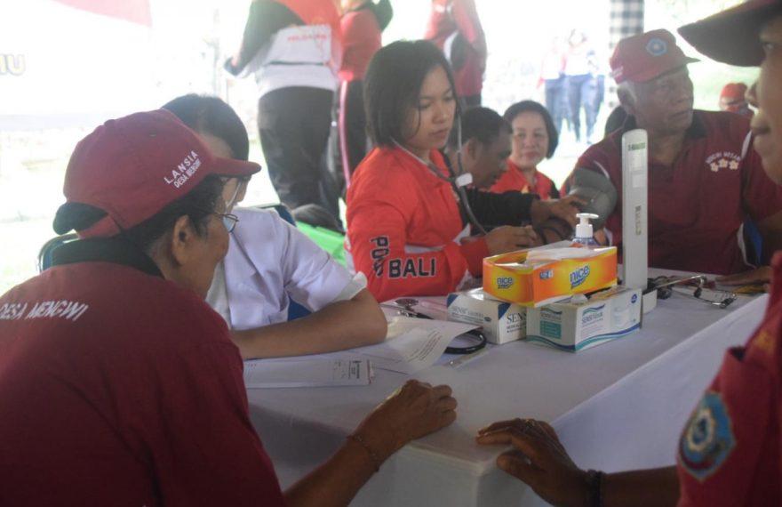 Memperingati Hari Jadi Polwan Ke-71, Polwan Polda Bali Dan Jajarannya Gelar Bakti Kesehatan/fajarbadung.com