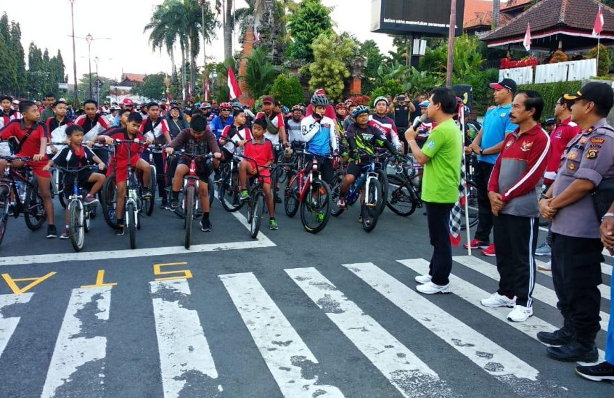Wakapolres Klungkung Hadiri Fun Bike, Dalam Meriahkan HUT RI Ke-74 Kabupaten Klungkung/fajarbadung.com