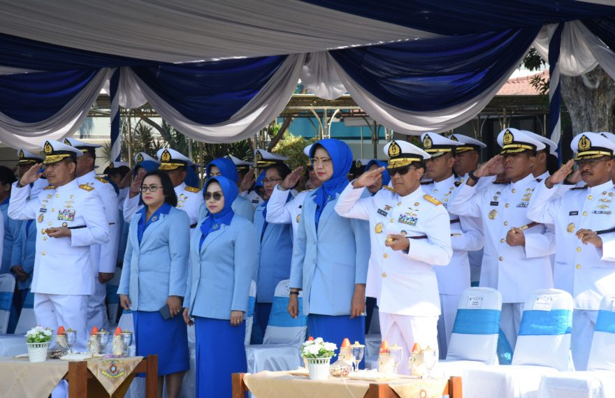 Gubernur AAL Hadiri Upacara Praspa Diktukpa TNI AL/fajarbadung.com