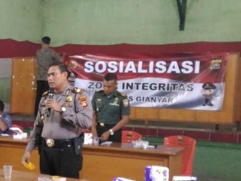 Kapolsek Tampaksiring Sosialisasi Zona Integritas /fajarbadung.com