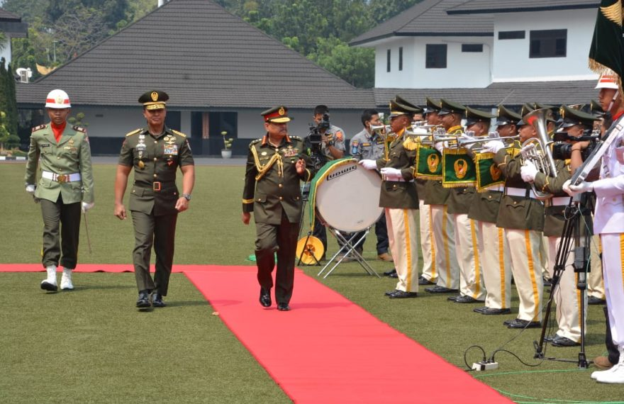Jenderal TNI Andika Perkasa Setuju Perwira TNI AD Mengikuti Pendidikan Di Bangladesh/fajarbadung.com