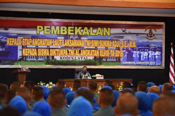 Kasal Beri Pembekalan Kepada 348 Siswa Diktukpa TNI AL Angkatan Ke-48/fajarbadung.com