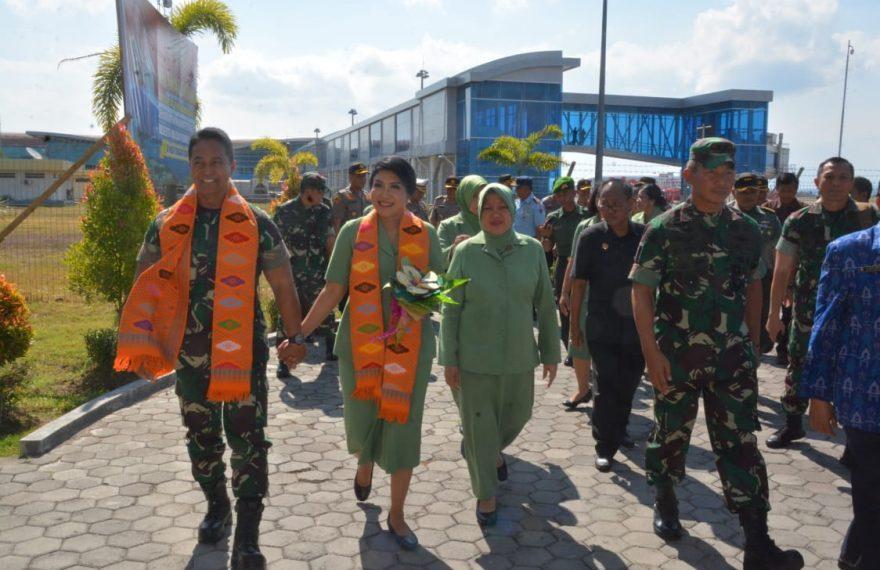 Kunjungan Kerja Di Lombok, Kasad Dianugerahi Gelar Pemben Agung Yudhe Negare/fajarbadung.com