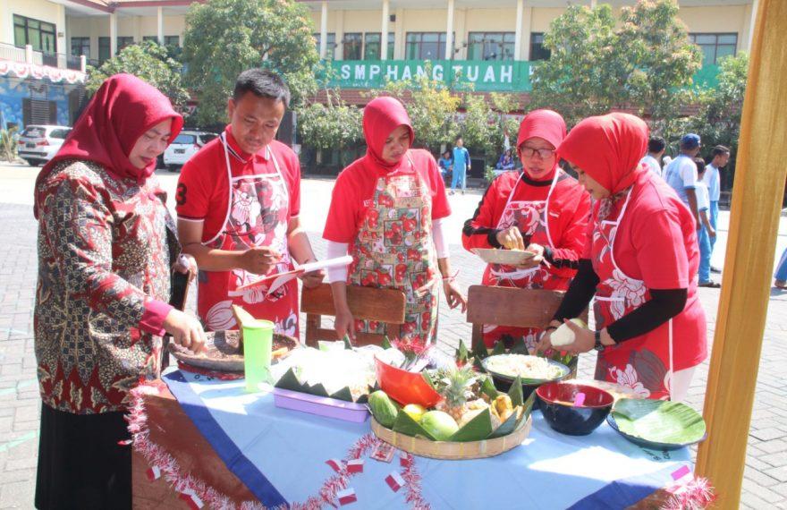 SMP Hang Tuah 5 Gelar Berbagai Lomba Menyongsong HUT Kemerdekaan RI Ke-74/fajarbadung.com