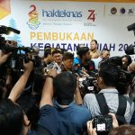 Menristekdikti Minta Rektor Di Indonesia Menjamin Tidak Ada Diskriminasi Terhadap/fajarbadung.com
