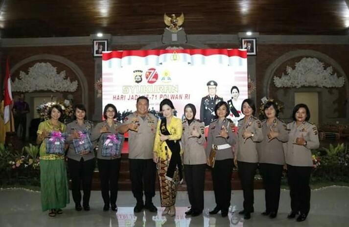 Syukuran Hari Jadi Ke-71 Polisi Wanita Republik Indonesia, Kapolda Bali Apresiasi Kinerja Polwan Polda Bali/fajarabdung.com