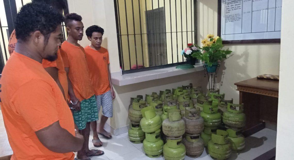 5 Pelaku Gelapkan 53 Tabung Gas Di Tangkap Polsek Abiansemal/fajarbadung.com