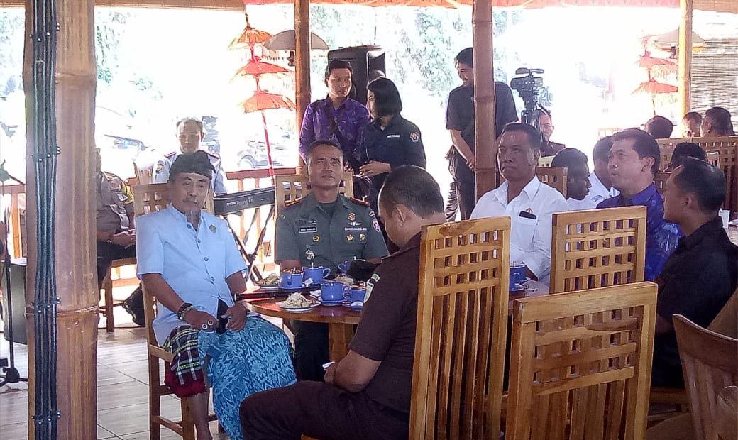 Dandim Klungkung Apresiasi Acara Merajut Kebersamaan Dalam Bingkai NKRI Di Klungkung/fajarbadung.com