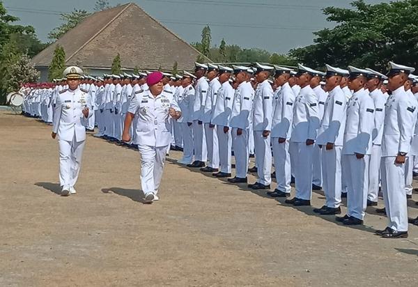 Dankodikmar Kodiklatal : Jadilah Prajurit Marinir yang Memberikan Rasa Aman Kepada Rakyat/fajarabadung.com