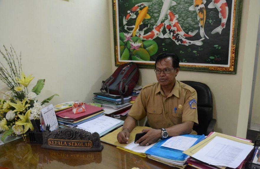 Kepala Sekolah Nyatakan Siswa Asal Papua Betah Dan Nyaman Bersekolah Di SMK Negeri 2 Sukawati/fajarbadung.com