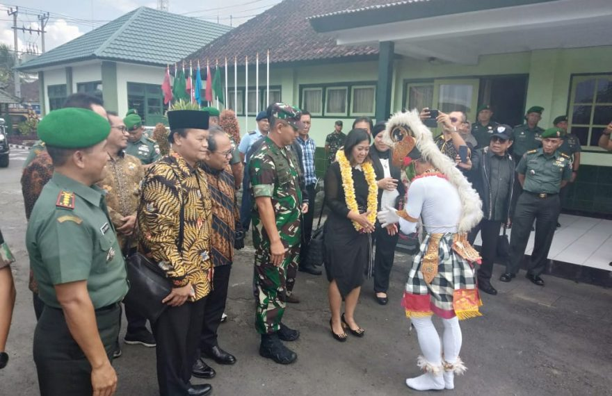 Kunjungan Kerja Komisi I DPR RI di Mako Rindam IX/Udayana/fajarbadung.com