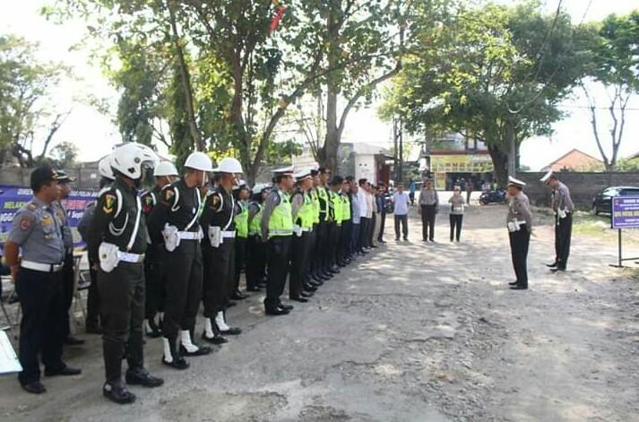 Polda Bali Dan Polisi Militer Laksanakan Pemeriksaan Kendaraan Bermotor/fajarbadung.com