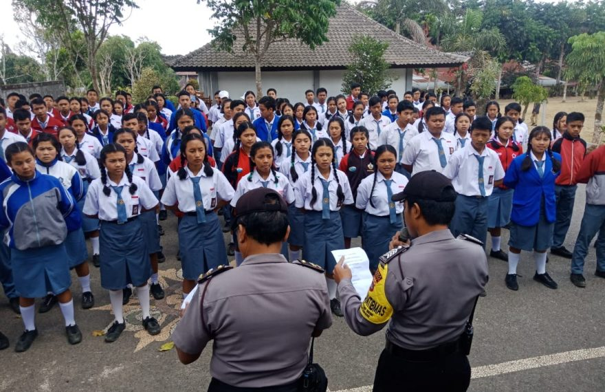 Antsipasi Aksi Demo di Kalangan Pelajar, Polsek Kintamani Laksanakan Sambang ke Sekolah - Sekolah/fajarbadung.com