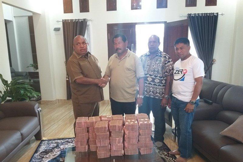 Pemerintah Tanggap, Beri Bantuan Untuk Korban Kerusuhan Wamena/fajarbadung.com