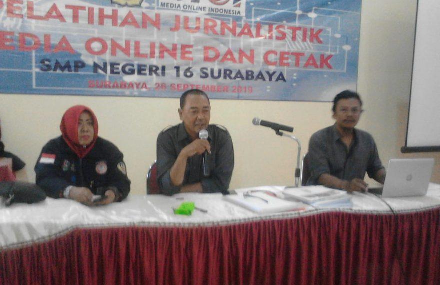 110 Pelajar SMP 16 Surabaya Ikuiti Pelatihan Jurnalistik/fajarbadung.com
