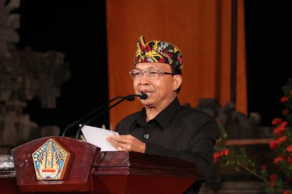 Gubernur Minta DPRD Bali Sinergi Selesaikan Berbagai Persoalan Bali/fajarbadung.com