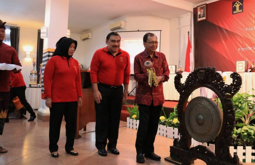 Desa Dauh Puri Kaja Wakili Denpasar Pada Lomba Kadarkum Provinsi Bali 2019/fajarbadung.com