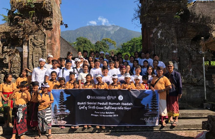 Bakti Sosial Peduli Rumah Ibadah 2019/fajarbadung.com