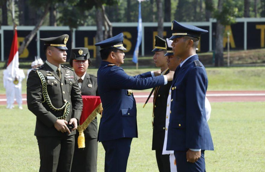 Panglima TNI Lantik 185 Perwira Prajurit Karier TNI Khusus Kesehatan/fajarbadung.com