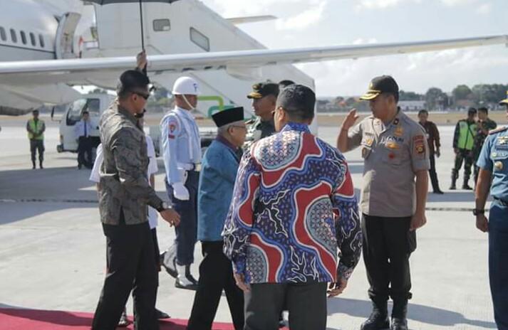 Wakapolda Bali Sambut Kedatangan Wakil Presiden Republik Indonesia di Provinsi Bali/fajarbadung.com