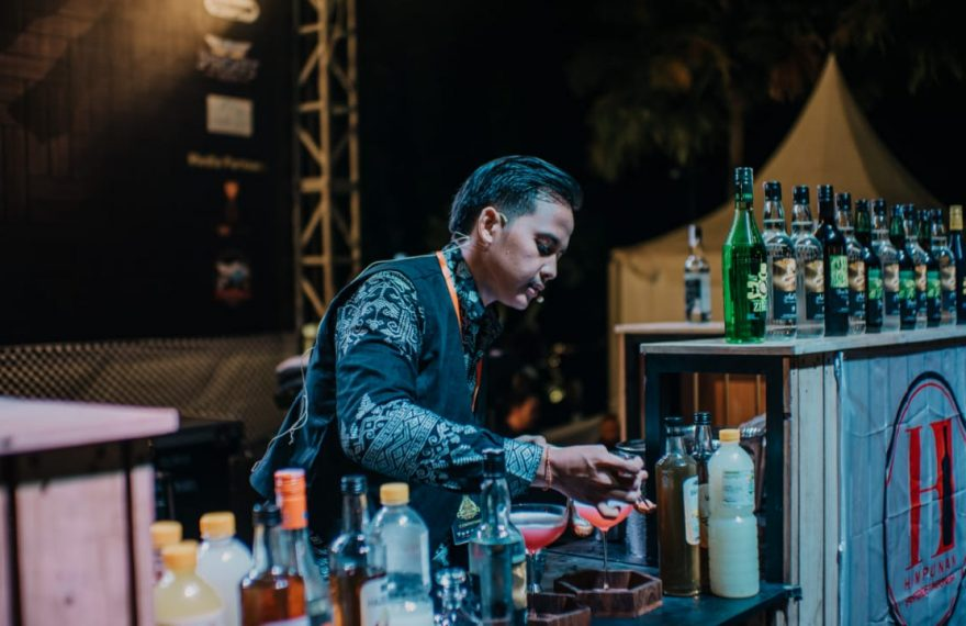 Kadek Sanca DP Juarai Arak Bali Festival 2019/fajarbadung.com