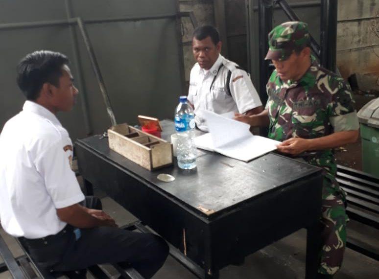 Ciptakan Keamanan, Babinsa Koramil 04/Ckr Berikan Arahan Security/fajarbadung.com