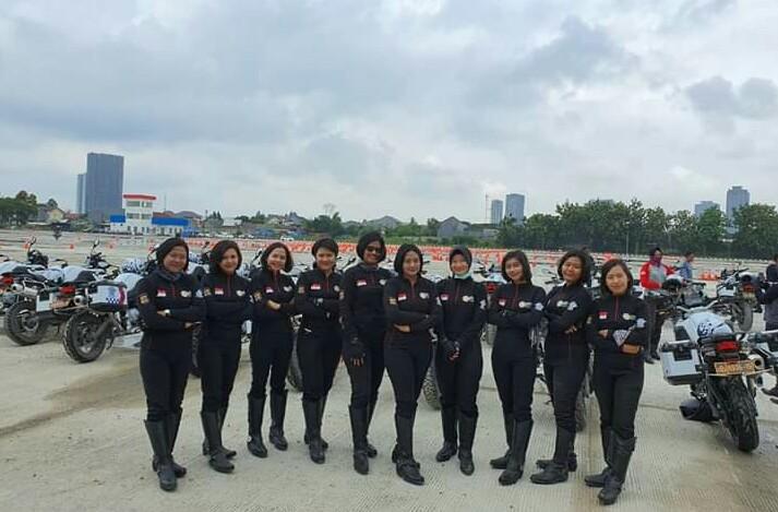 Anggota Direktorat Lalu Lintas Polda Bali Beraksi dalam Latihan di Pusdik Lantas Serpong/fajarbadung.com
