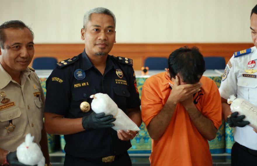 Bea Cukai Ngurah Rai Gagalkan Penyelundupan 10 Ribu Baby Lobster/fajarbadung.com