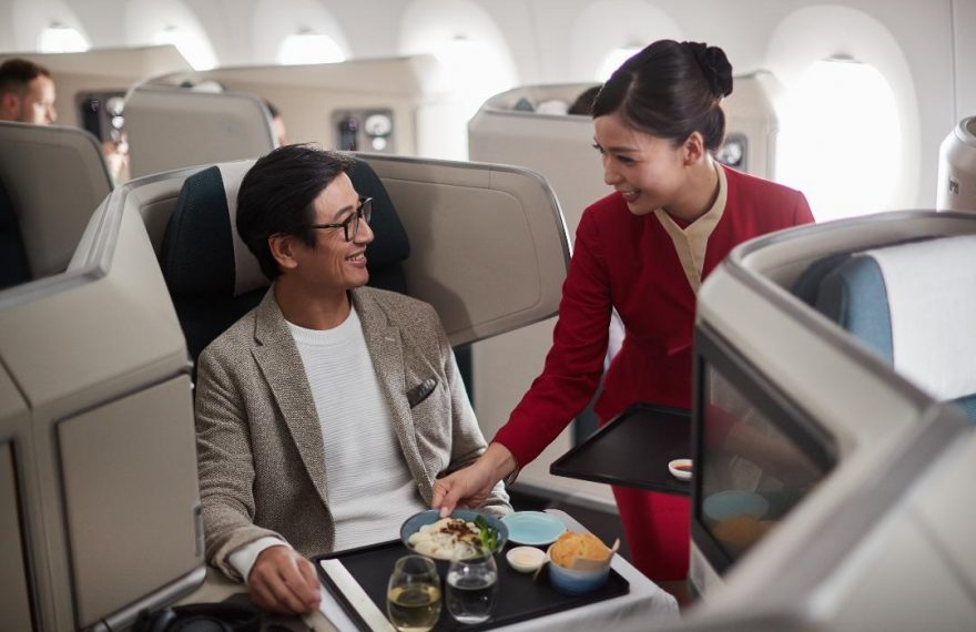 Cathay Pacific Menggelar Travel Fair Tahunan Februari ini Berkolaborasi dengan CIMB Niaga/fajarbadung.com