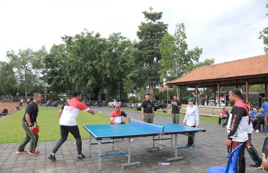 Jumat Sehat Penuh Semangat, TNI-Polri di Bangli Olahraga Bersama/fajarbadung.com
