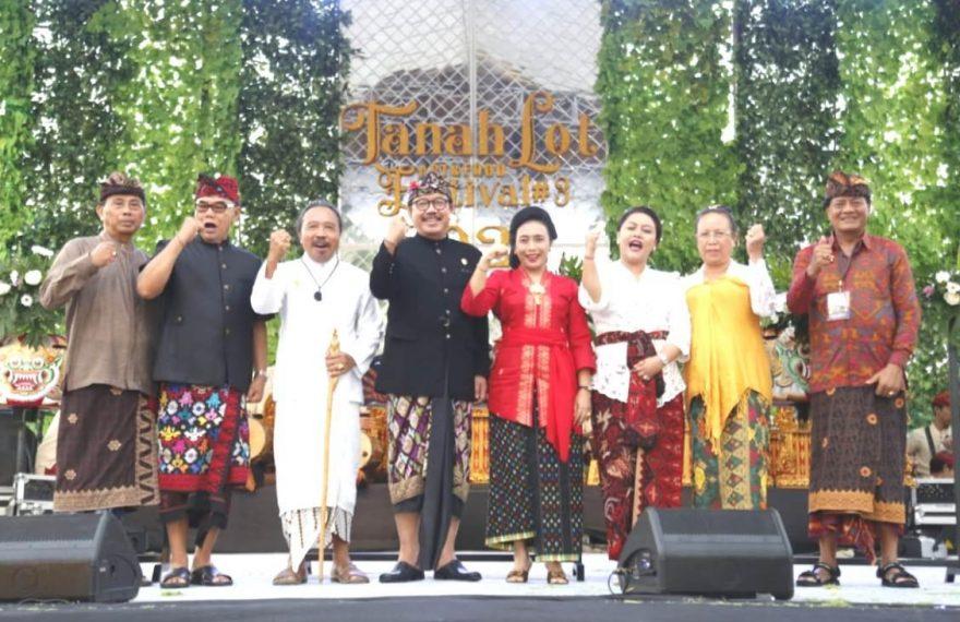Tanah Lot Art and Food Festival 2020 Tampilkan Okokan Kolosal 'Nangluk Merana'/fajarbadung.com