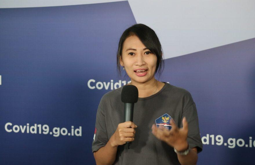 Suka Duka Relawan Perempuan Satu-Satunya yang Jadi Supir Ambulans/fajarbadung.com