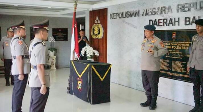 Kapolda Memimpin Upacara Sertijab Karo Rena Polda Bali/fajarbadung.com