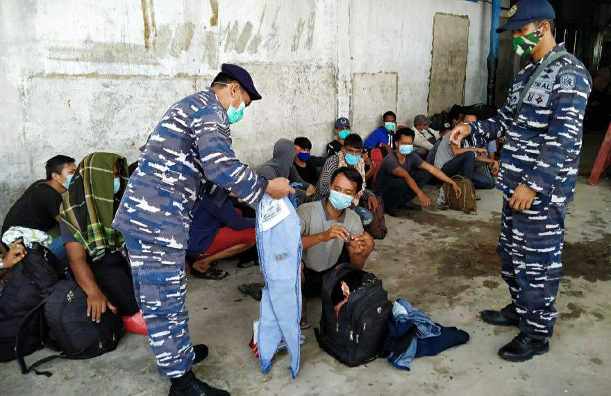 TNI AL Kembali Amankan 44 Orang Pekerja Migran Ilegal di Kab. Labura/fajarbadung.com