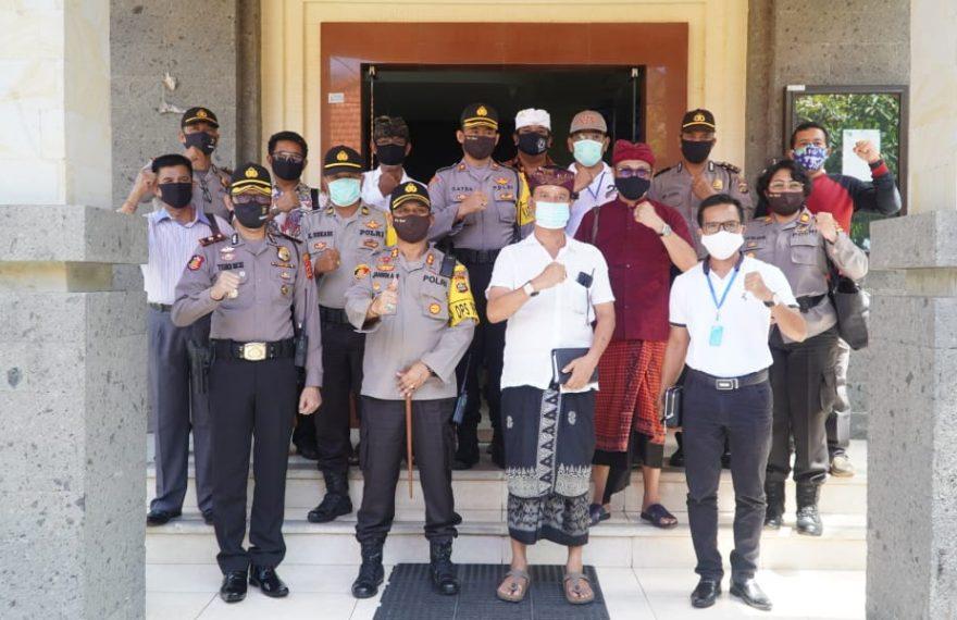 Polresta Denpasar Bersinergi dengan Bendesa Adat Legian dalam Penanganan Covid-19/fajarbadung.com