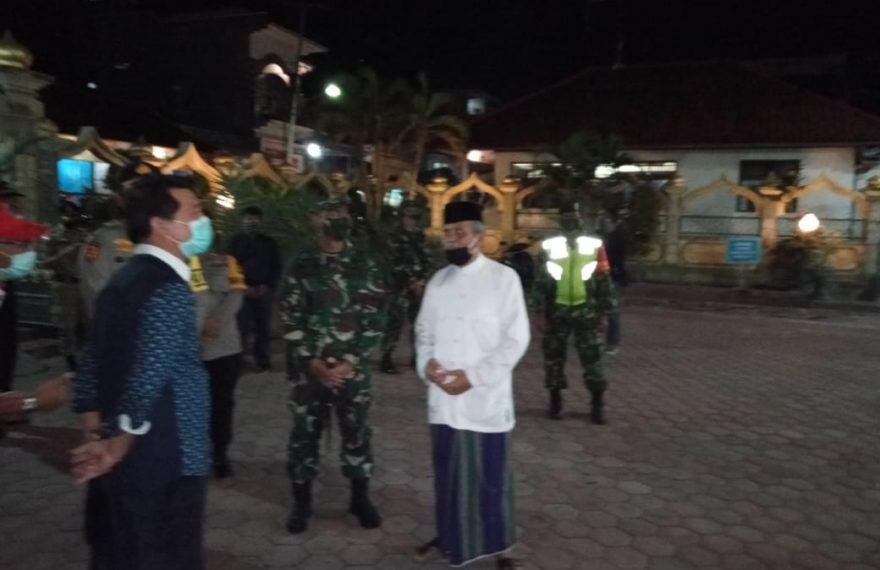 Pemkab Klungkung dan Aparat Keamanan Pantau Situasi Malam Takbiran/fajarbadung.com