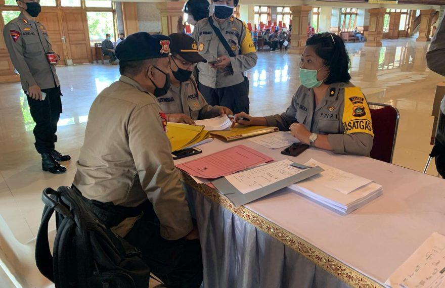 Polres Badung Terima Sembako dari Kemenparekraf RI dan Polda Bali/fajarbadung.com
