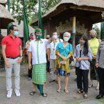 Pantau Penerapan New Normal, Wabup Suiasa Tinjau Objek Wisata di Carangsari dan Taman Ayun/fajarbadung.com