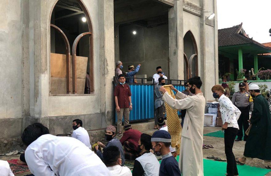 Kapolres Badung Pantau Situasi Sekaligus Sholat Id di Masjid Baiturrahman/fajarbadung.com